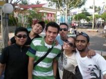 Temmy Rahadi bersama rekan