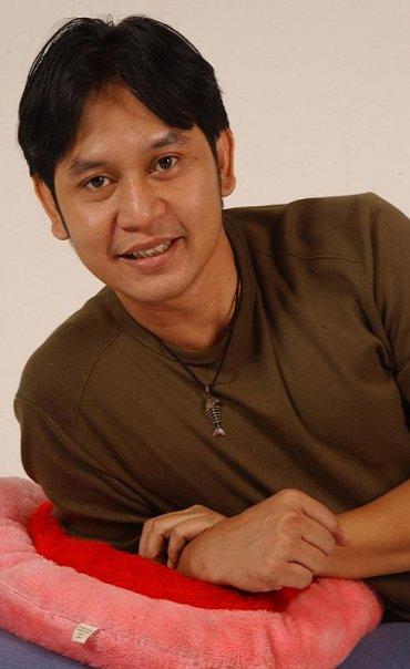Hilman Hariwijaya, Penulis Skenario Sinetron Cinta Fitri dan Melati Untuk Marvel