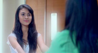 Foto Marcella Daryanani Pemeran Aliya, Adiknya Yasmin di 'Love in Paris' SCTV