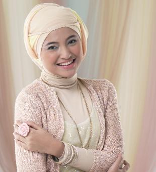 iamMARSHED Marshanda, salah satu dari 10 Artis Tercantik Indonesia