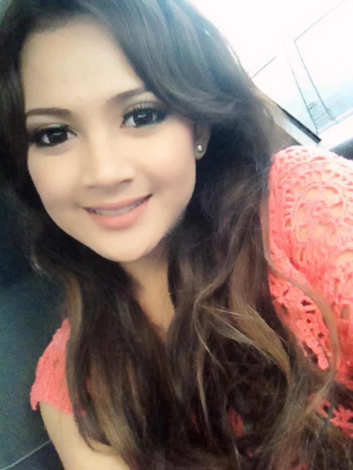 Foto Cantik Rosnita Putri Hot Toket Gede Pamela