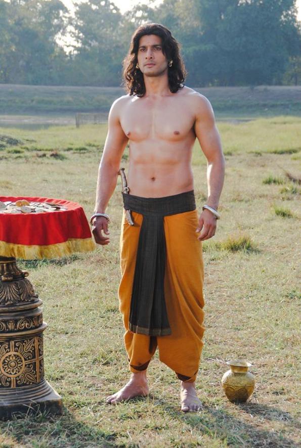 Aham Sharma as Karna