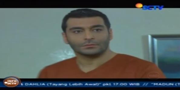 Altuğ Seçkiner sbg Kenan dalam serial Turki bertajuk ELIF yang ditayangkan SCTV